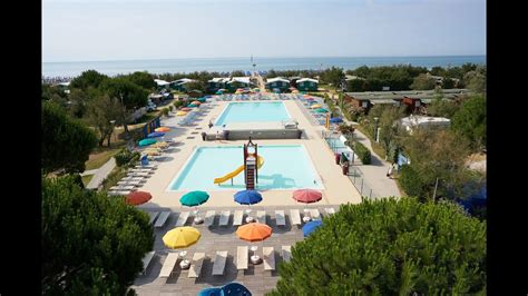 Camping Lido - Full video - YouTube